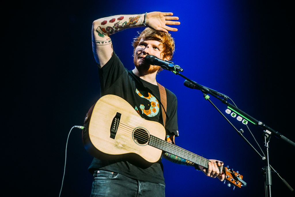 Best Martin Acoustic Guitar for Small Hands (Ed Sheeran's Acoustic)