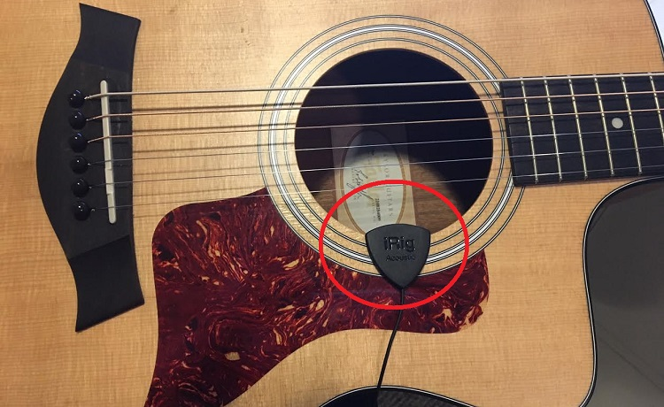 iRig Acoustic Stage Microphone Placement